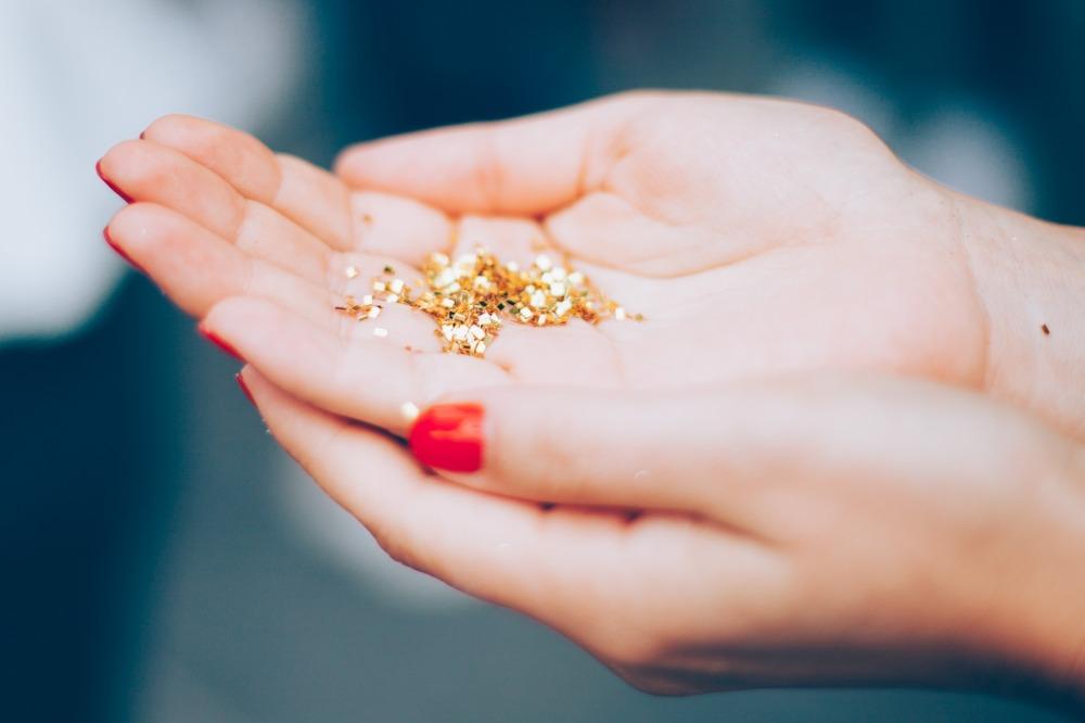 Gold Glitter NOT Body Glitter
