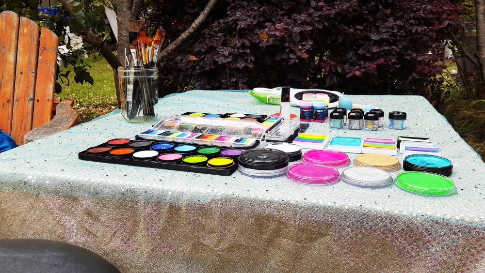 Face Paint Table